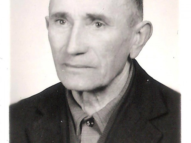Grandma Bernice Gutowski's (Bronislawa-Kalinowski) Brother (Aleksander-Kalinowski) from Poland Image and story