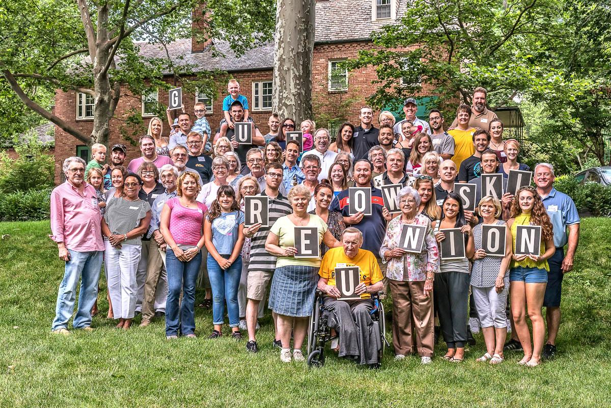 illiams held family reunion - HD1200×801